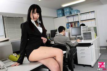 最新heyzo.com 0818 性社員前編 綾瀨 Yui